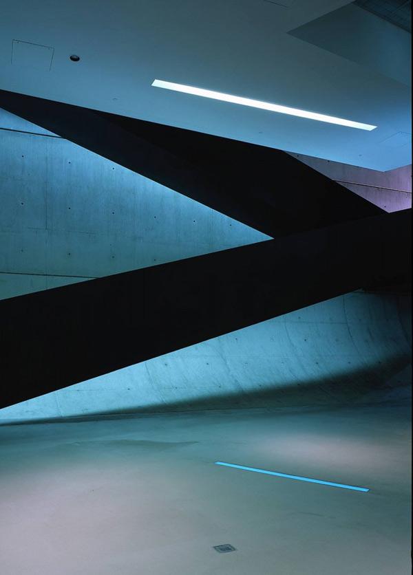 مركز هنرهاي روزنتال از زاها حديد،زاها حدید