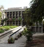 اتووود کلاسیک ـ ساختمان انجمن میل اونِرـ لوکوربوزیه